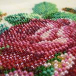 Наборы для вышивания цветов бисером.
