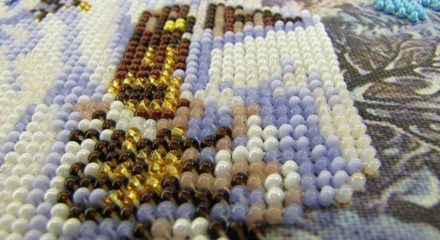 Вышивание бисером наборы недорого.